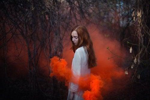 3-girl-and-red-smoke