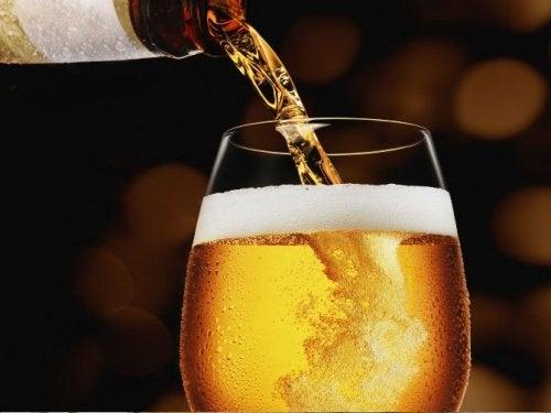ビールは長寿をもたらす?