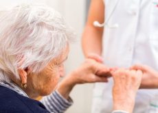 how-curcumin-helps-elderly-with-alzheimers
