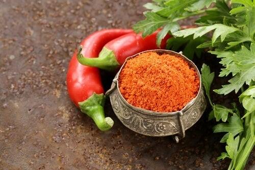 pepper-and-powdered-cheyenne-pepper-500x334
