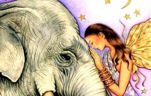 mujer-con-elefante-copy-500x317