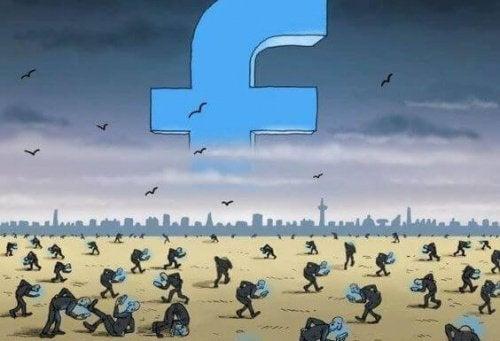 personas-consultando-el-facebook-500x341