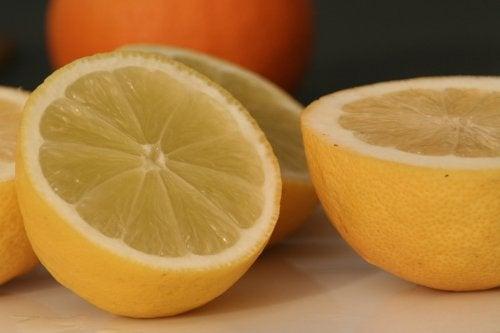 驚くべきレモンの利用方法10