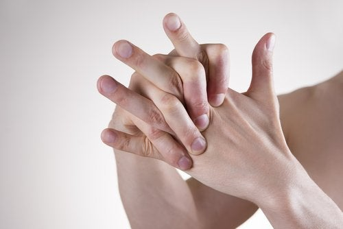 2-hand-stress