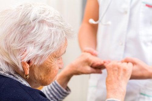 ターメリックがアルツハイマー病にもたらす効果