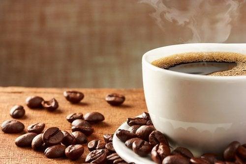 ブラックコーヒーの病気予防効果6選