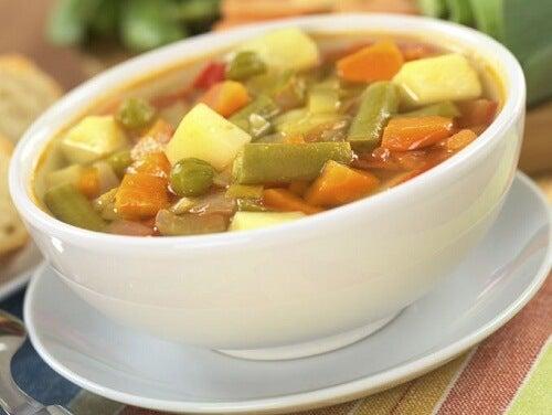 おいしい野菜スープのレシピ