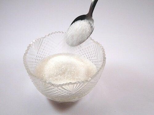 セルライトの原因:砂糖