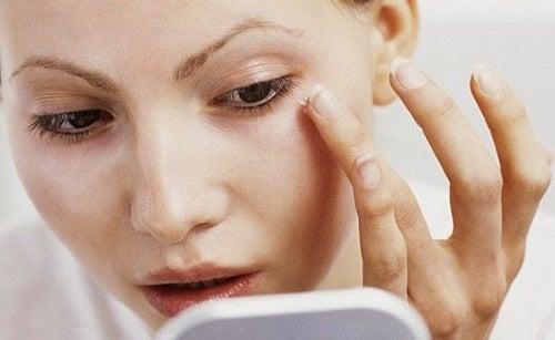 美肌のための8つのヒント