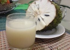 Soursop and its juice