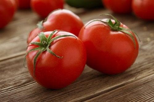 Tomato-500x332
