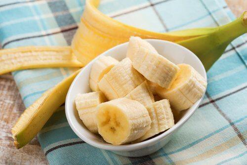 bananas_142376728-500x334