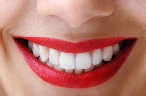 teeth-500x331