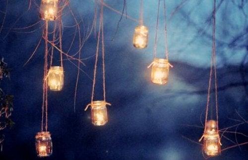 4-candle-lanterns