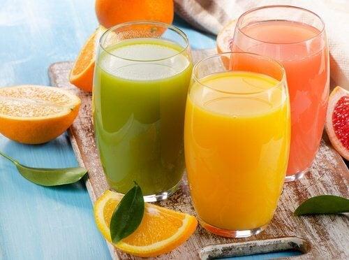 朝に柑橘類を食べて驚きの効果