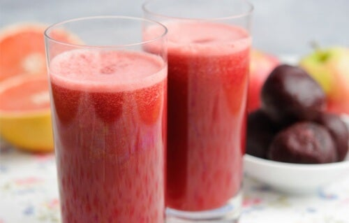 Two glasses of fruits juice