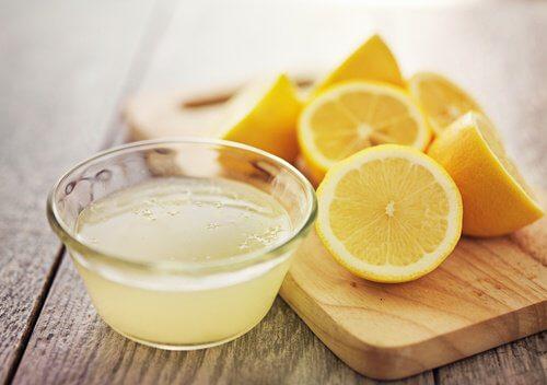 レモンとレモン汁