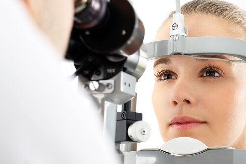 視力への問題
