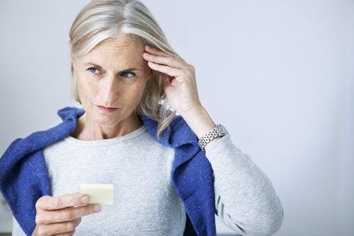Problemas-de-memoria-que-afectan-la-vida-cotidiana-500x334