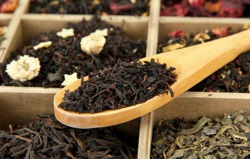 Black tea leaf