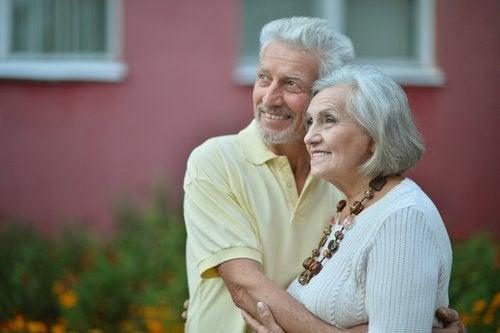 2-older-couple