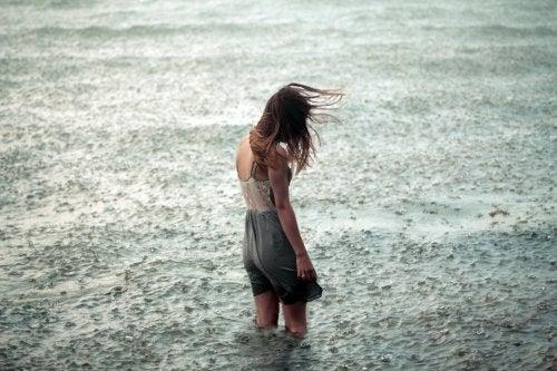 最悪の 嵐 は心の中にできるもの