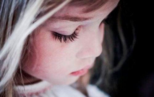 現代の子供たちが窮屈に感じる理由