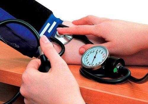 高血圧 7つの自然療法