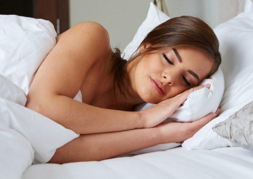 就寝前にリラックスする9つの方法