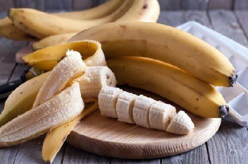 簡単でユニーク!バナナの使い方6種