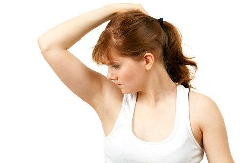家庭で出来る脇の下の汗を防ぐ方法