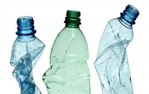 ペットボトルのおもしろ再利用法12