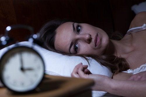 孤独感と不眠症の関係
