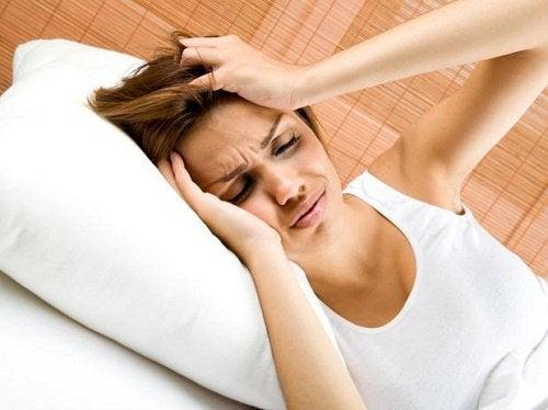 薬に頼らずに頭痛を治す方法