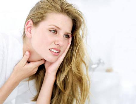 のどの痛みに効く5つの家庭療法