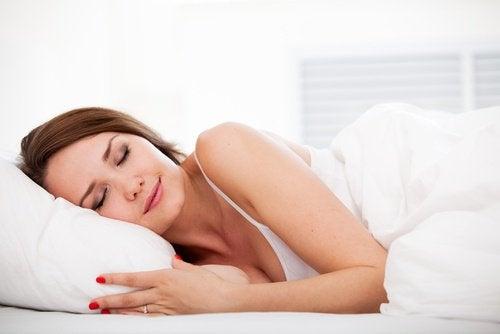安眠 女性の自慰行為