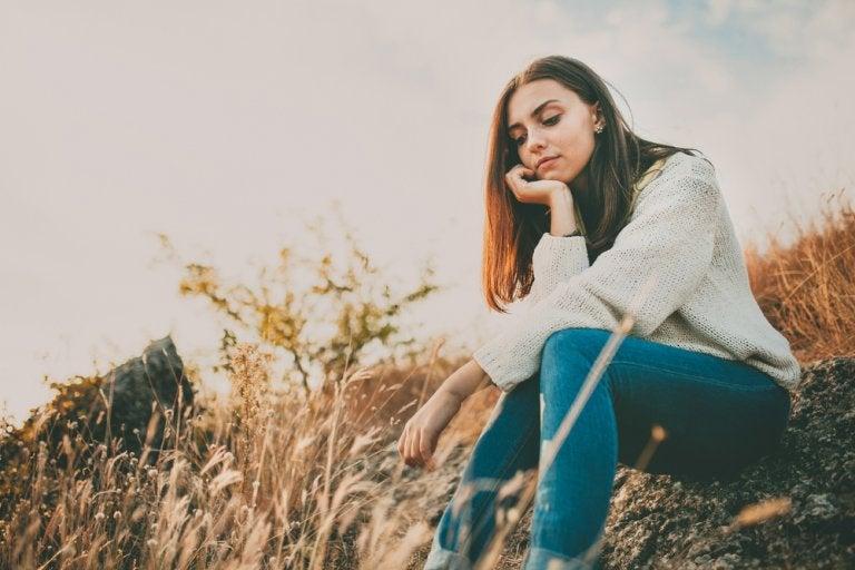 不安症のあなたが避けるべき7つのこと