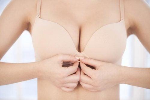 乳房の健康:乳首のでこぼこは普通?
