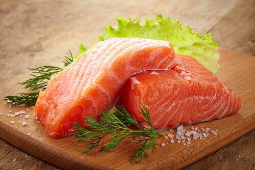 脂肪分の多い魚
