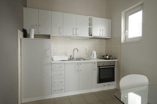 キッチン白一色