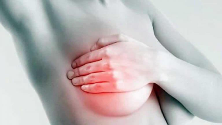 乳房の痛み