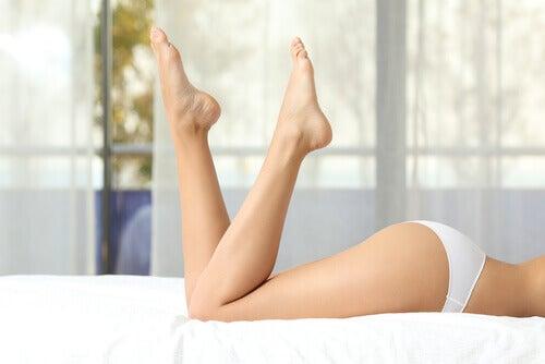 しなやかな脚2