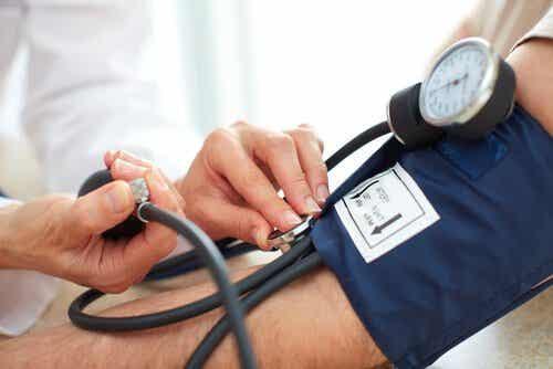 血圧を下げる自然療法