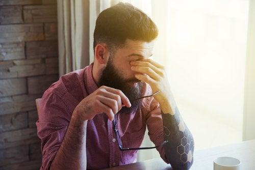 ぐっすり眠りすっきり目覚めるための10のアドバイス