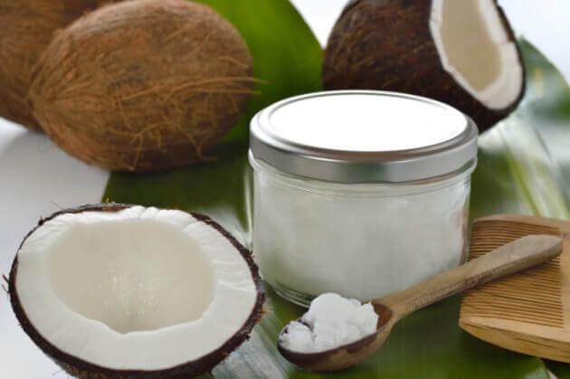 ココナッツオイルを使う