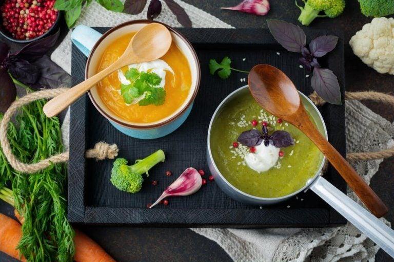 体を浄化してくれる5つの美味しいデトックススープ