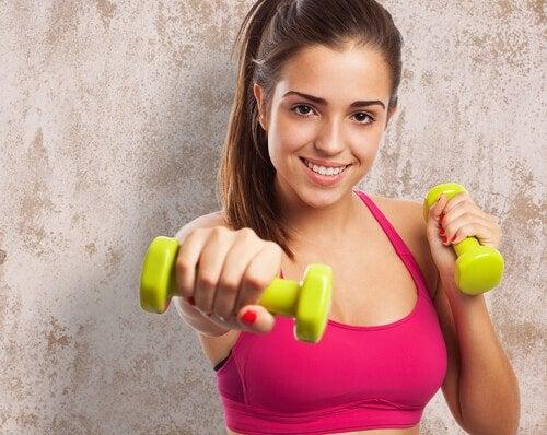 あなたの体を4週間で変える7つの エクササイズ
