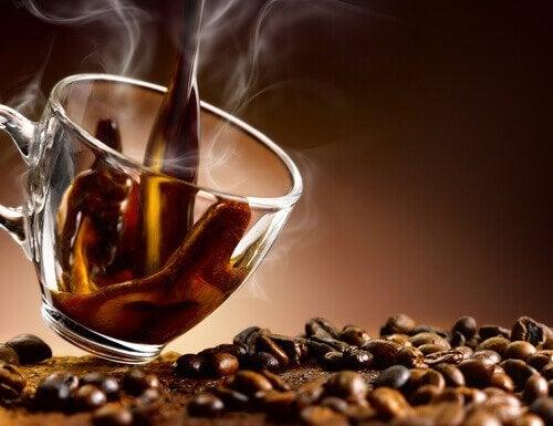 カフェインを摂らない