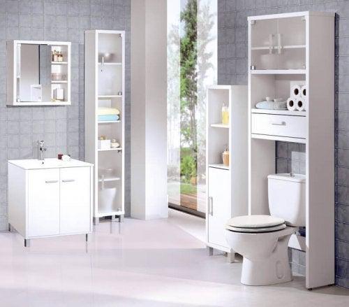 浴室の 悪臭 を消す自然療法