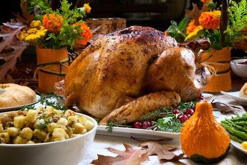 祝日でも健康的な食生活を維持するための9つのアドバイス